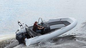 Pioner 17 work boat